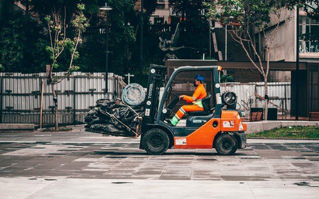 Wózki widłowe do transportu wewnątrzzakładowego